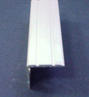 Защитен ръб за стъпало 24х20мм