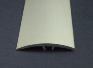 Алуминиева лайсна 41мм -скрит монтаж